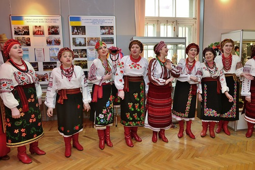 "Украинский хор ""Джерела"" (Мурманск)."
