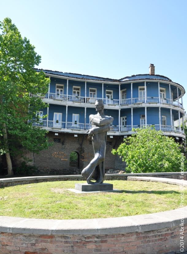 Памятник архитектору Шота Кавлашвили, Тбилиси