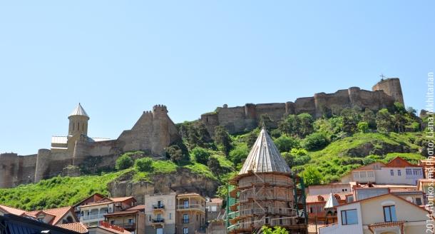 Городская крепость Нарикала, расположенная на горе Мтацминда, Тбилиси