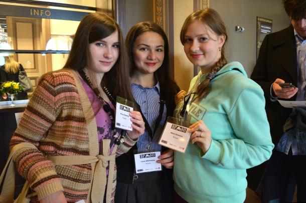 Студенты-журналисты Мурманского государственного гуманитарного университета на конференции