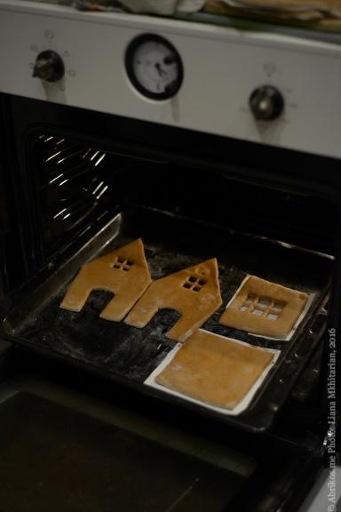 Мастер-класс по выпеканию пряничного домика -5