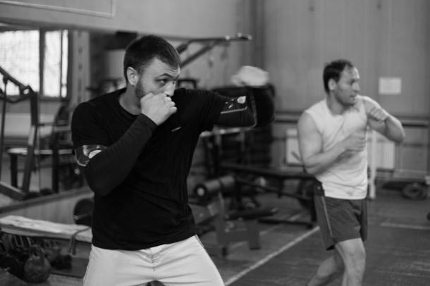 Один из тренеров клуба Виталий Нагорный, чемпион России по боевому самбо